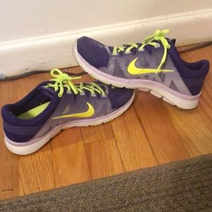 Nike Fit Sole shoes. Only worn 2-3 times.